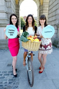 L-R: Aoibheann O'Brien, Foodcloud; Christine Heffernanr, Tesco Ireland; Iseult Ward, Foodcloud.